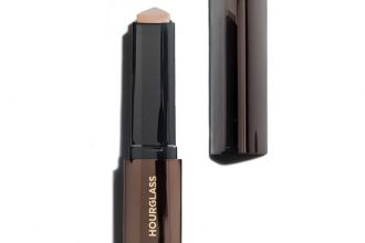 Hourglass Foundation Stick | Catenya.com